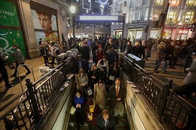 London tube false alert sparks panic and evacuations