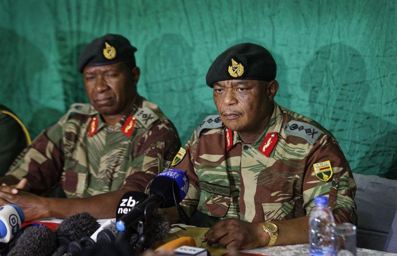Zimbabwe's Mugabe ignores calls to quit