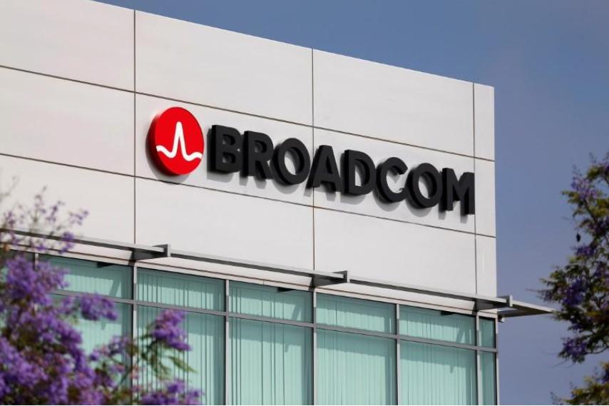 Broadcom $130 bln bid signals market top