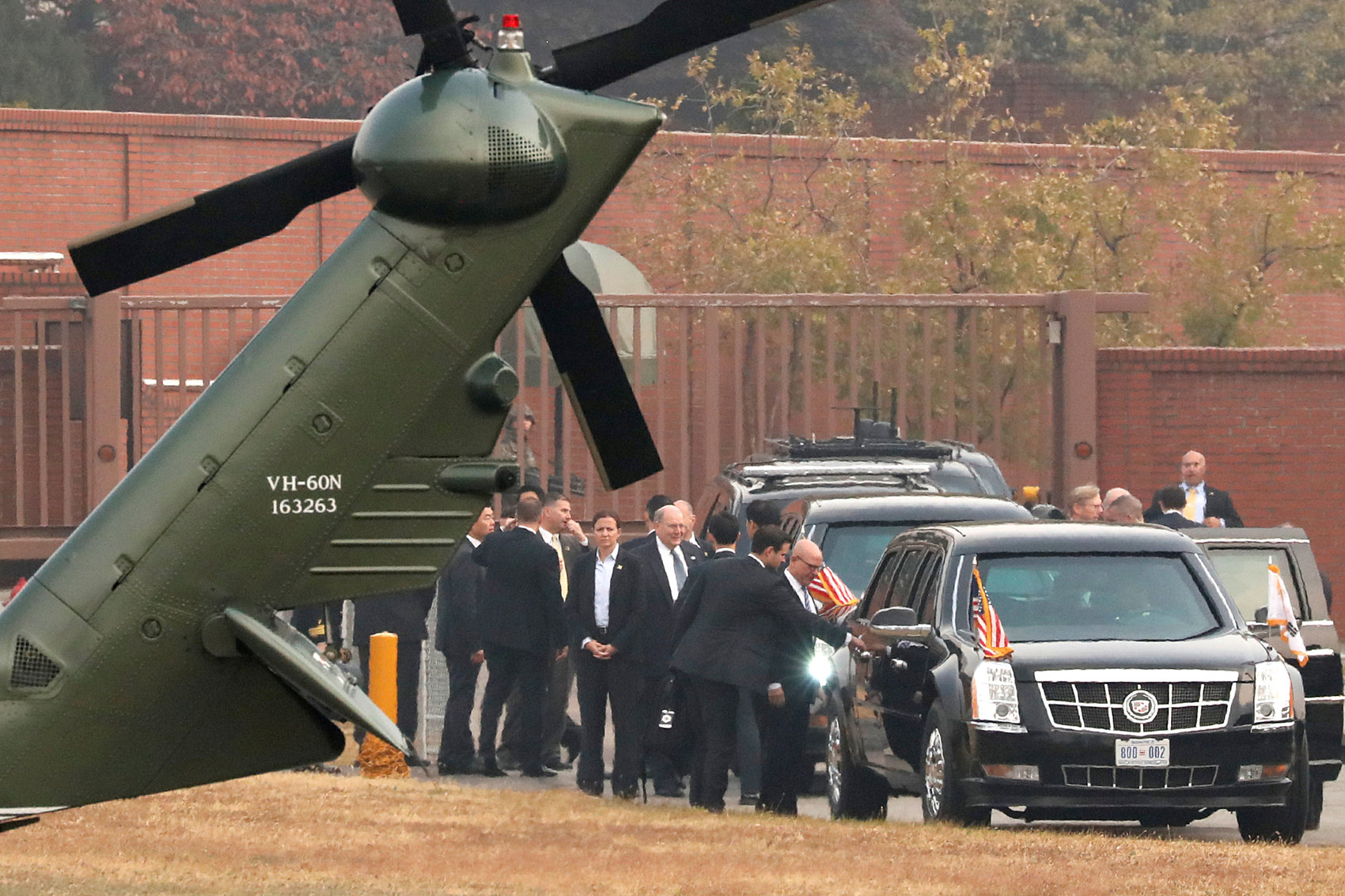 Trump surprise trip to DMZ thwarted by fog