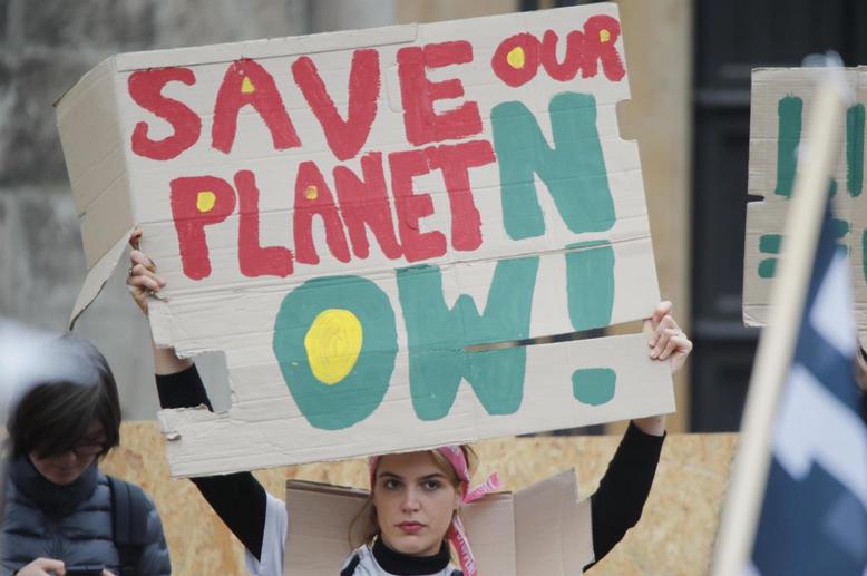 China may gain climate leadership at UN talks