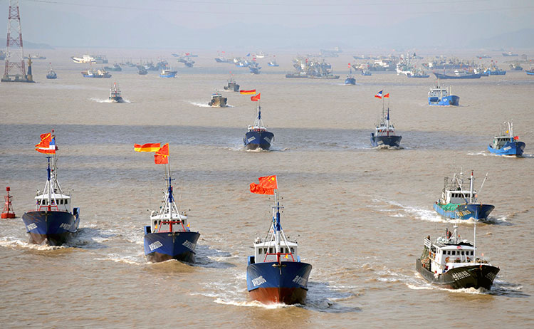 Across China: Fisherman tests water with online streaming