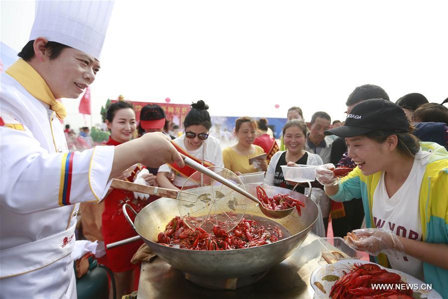 Crayfish harvested in Xuyi, China's Jiangsu Province