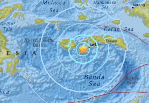 Strong quake strikes off eastern Indonesia, no tsunami alert issued