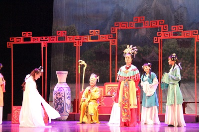 Vietnam's national theater performs classic Chinese novel adaptation