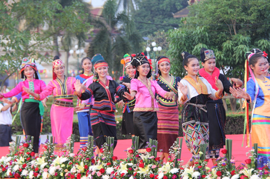 Laos to attract 5 million tourists in 2018