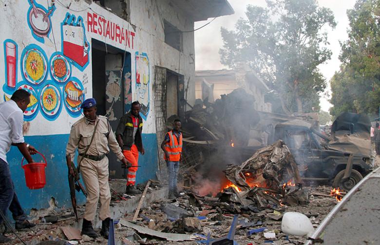 At least 25 killed in hotel attack in Mogadishu