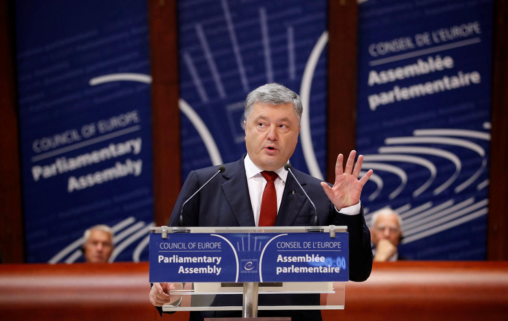 Worst period for economy over: Ukrainian president