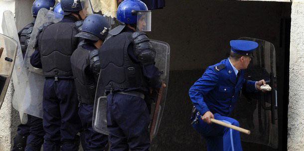 Algerian troops kill two terrorists in anti-terror operation