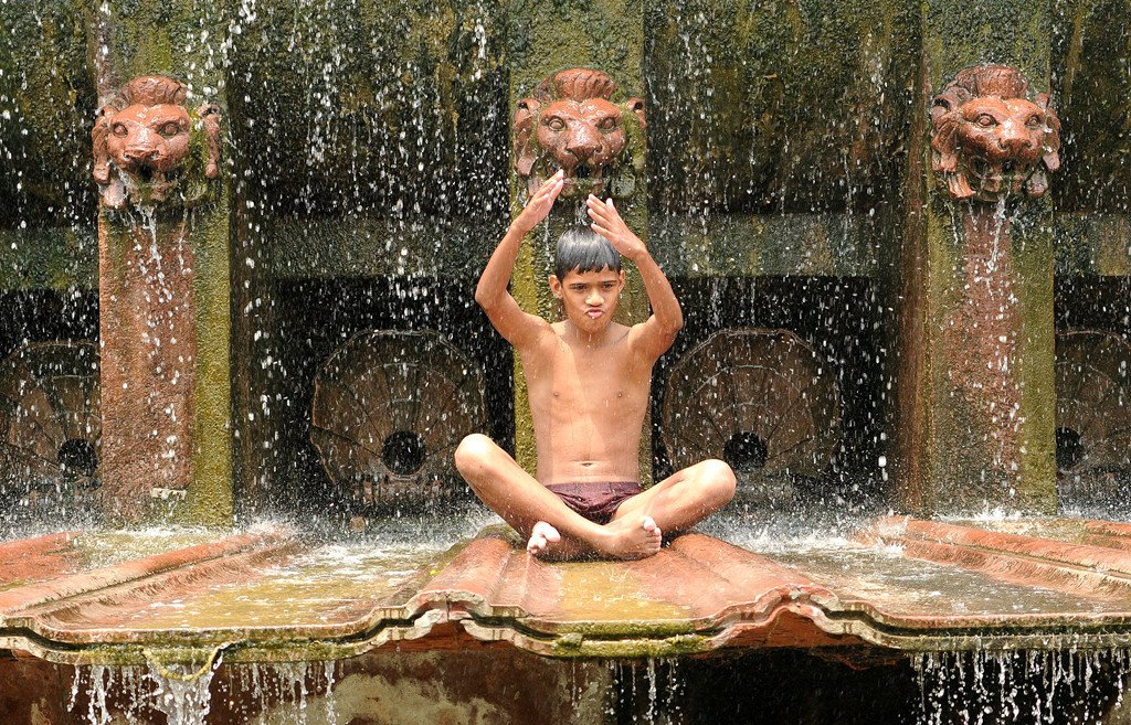 Central, north India goes through heat wave