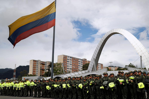 Colombians vote for new president with peace deal, economy at stake
