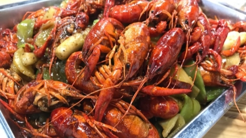Stewed, grilled or barbeque, crayfish always passes test