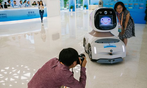 AI, robots help provide security for SCO summit in Qingdao