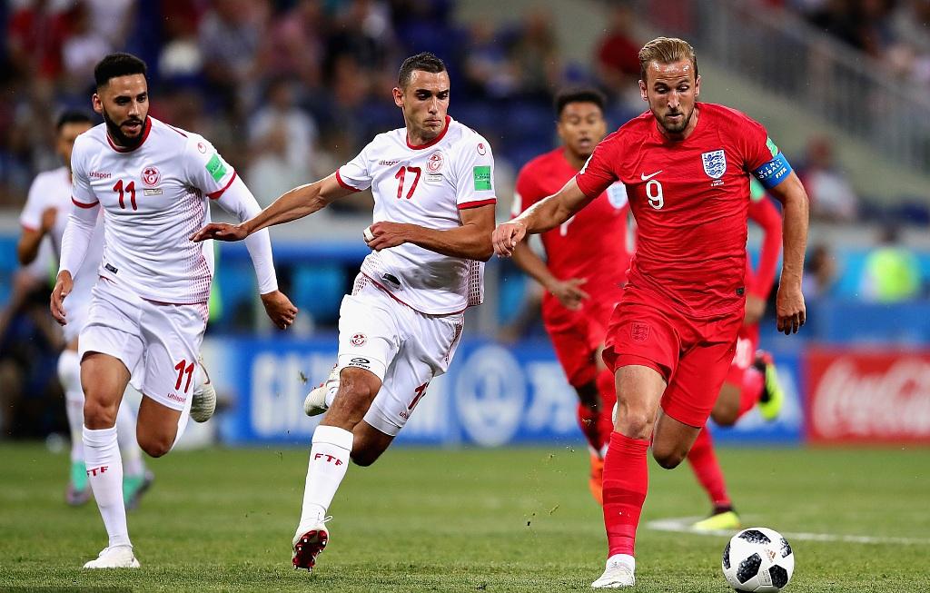 England win world Cup opener