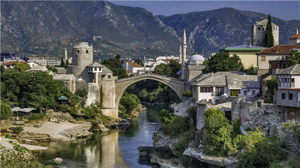 Chinese tourists to BiH surge in first four months