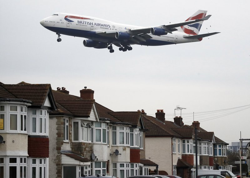 Brussels cracks down on aircraft noise pollution in Belgium