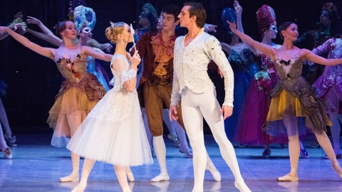 Russian troupe to stage classic ballet shows