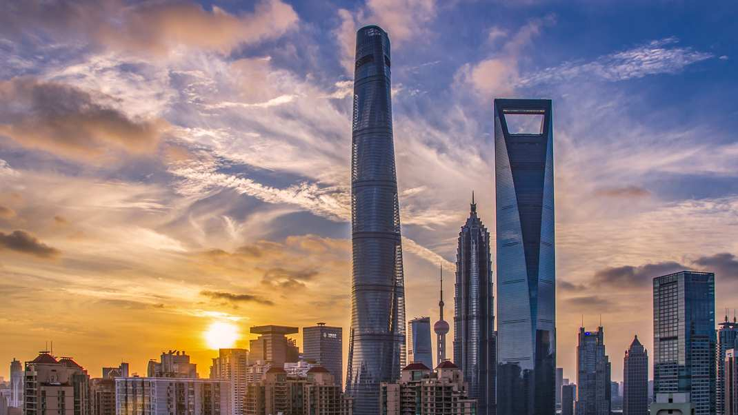 China makes progress in curbing financial risks: report