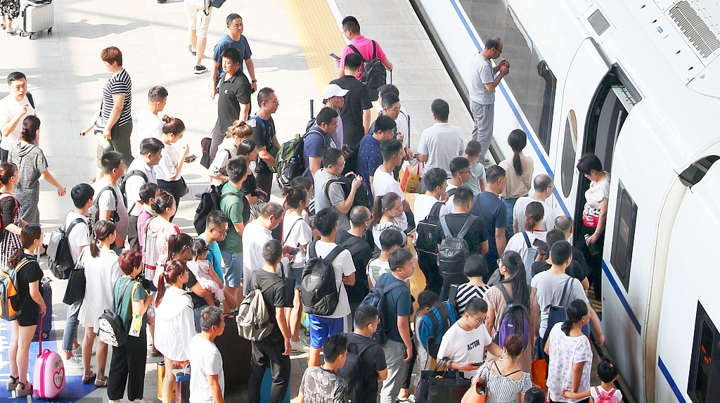 More trains, better service -- China railway poised for heavy traffic