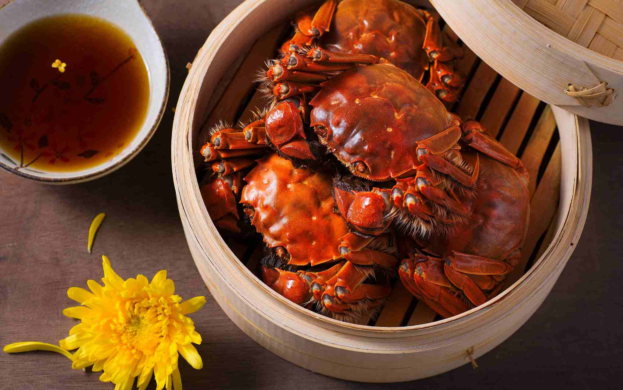 Chinese offer to solve crab invasion...with chopsticks!