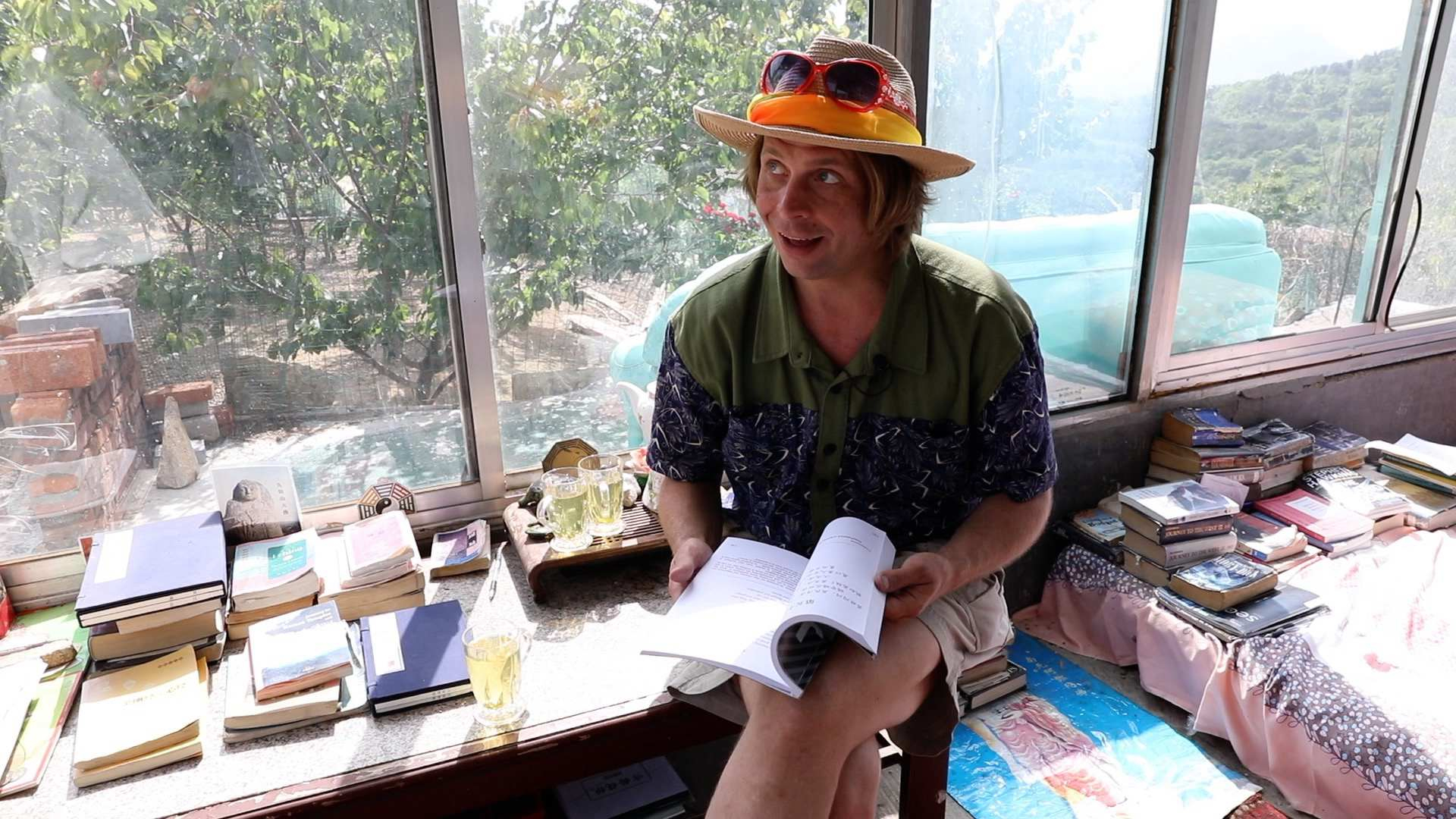 The hippie American translator: I am rather fluent in ancient Chinese
