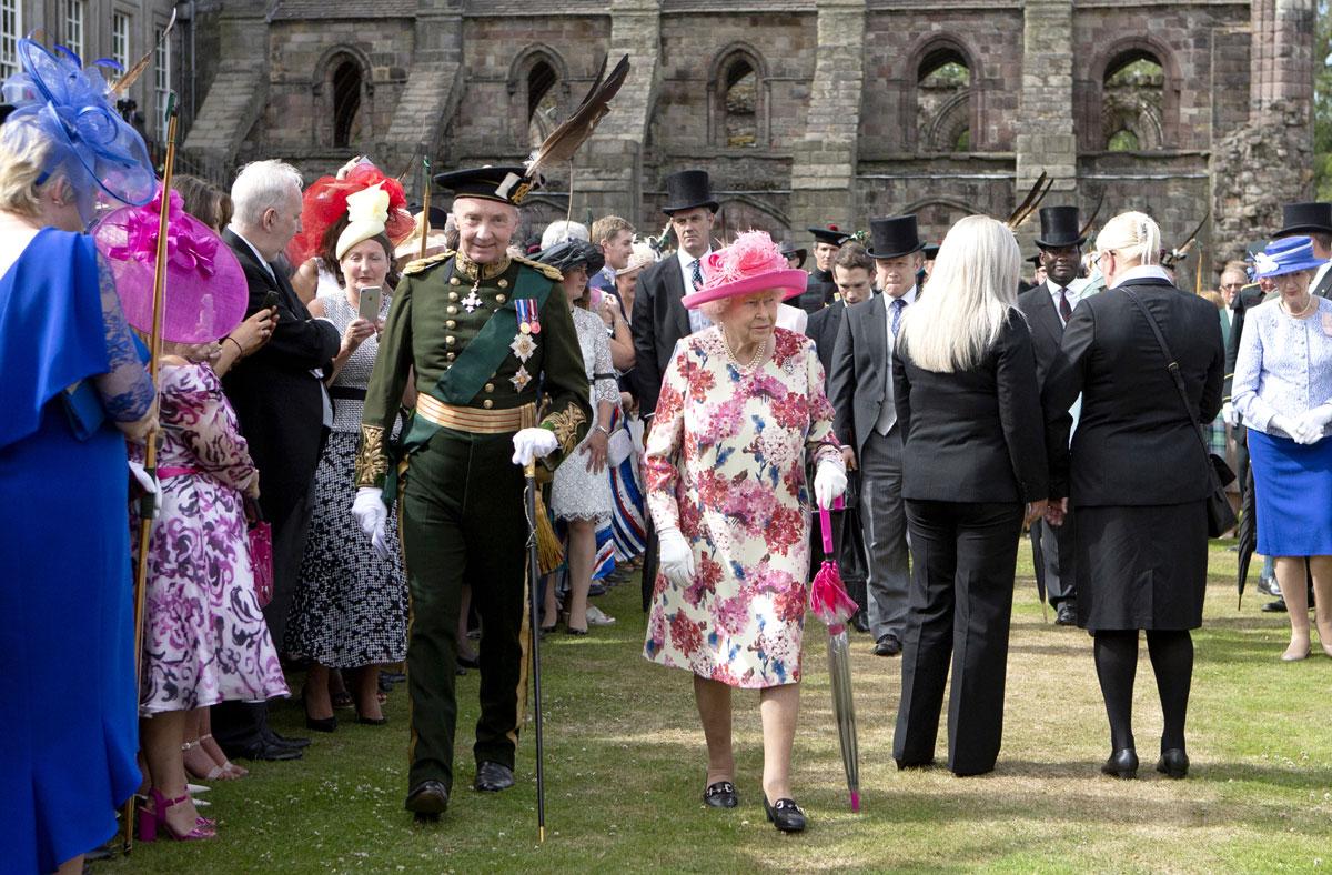 Queen Elizabeth II hosts garden party