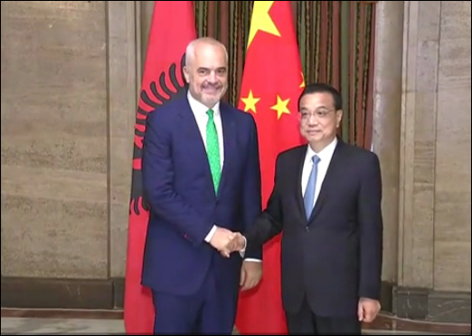 Premier Li Keqiang meets counterparts on sidelines of China-CEE meeting