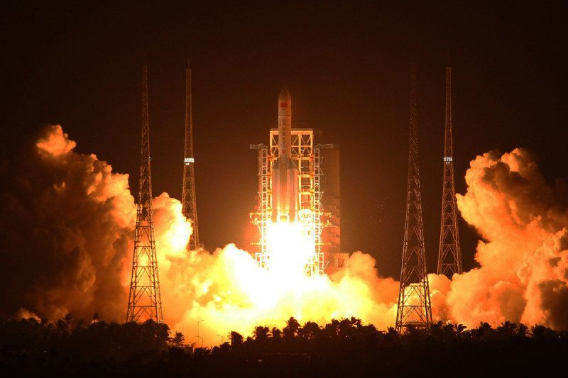 China test-fires new solid booster for next generation rocket