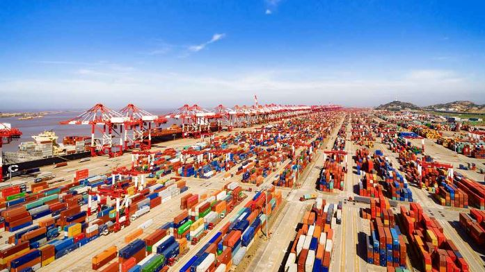 China issues statement on expanding imports
