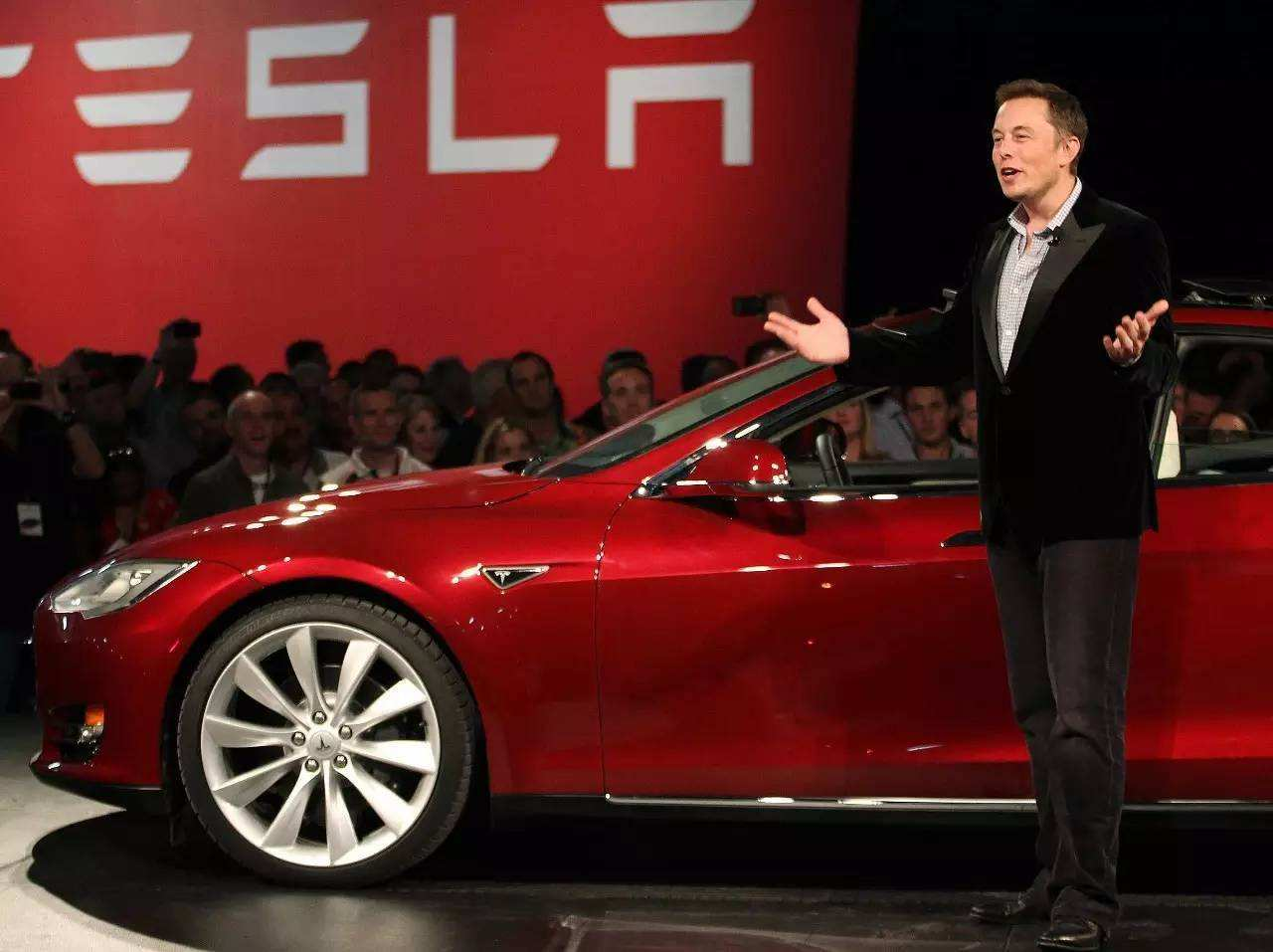 Tesla signs deal to build factory in Shanghai