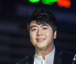 Chinese pianist Lang Lang's return to the stage ignites hopes and fears of fans and professionals in China
