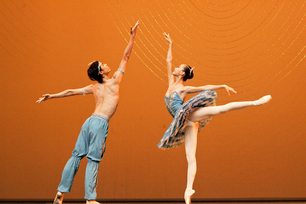 Ballet dancers from 15 countries to compete in Shanghai