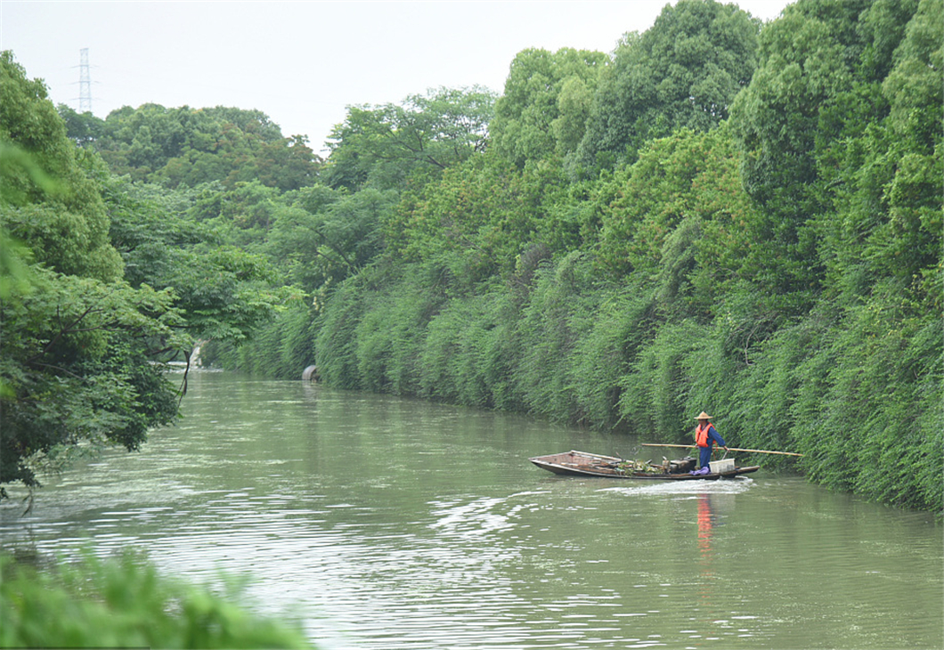 """China rolls out """"river chief"""" scheme nationwide"""