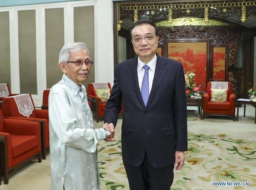 Chinese premier meets Malaysian PM's special envoy to advance relations