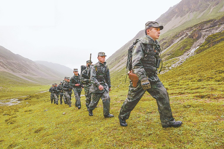 PLA learns ground combat techniques in Tibet