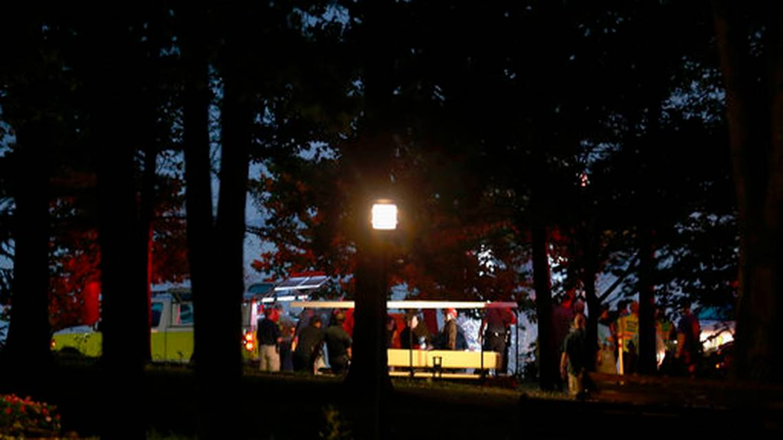 11 people dead after Missouri tourist boat accident