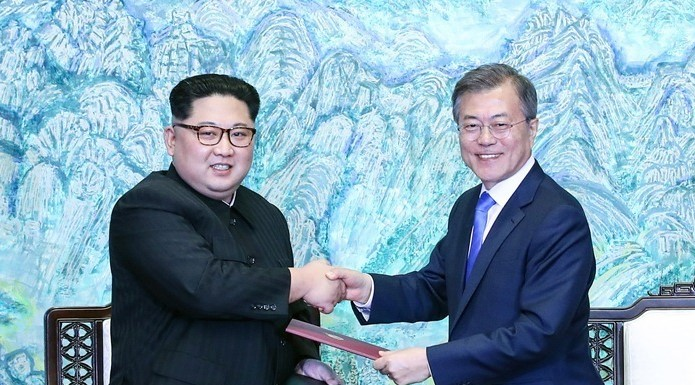 S. Korean officials visit N. Korea for joint railway inspection