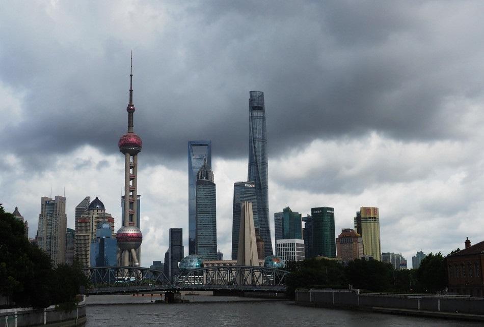 Typhoon Ampil makes landfall in Shanghai