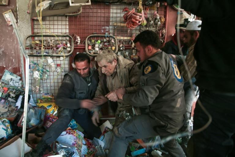 Israel evacuates 800 White Helmets to Jordan in face of Syria advance