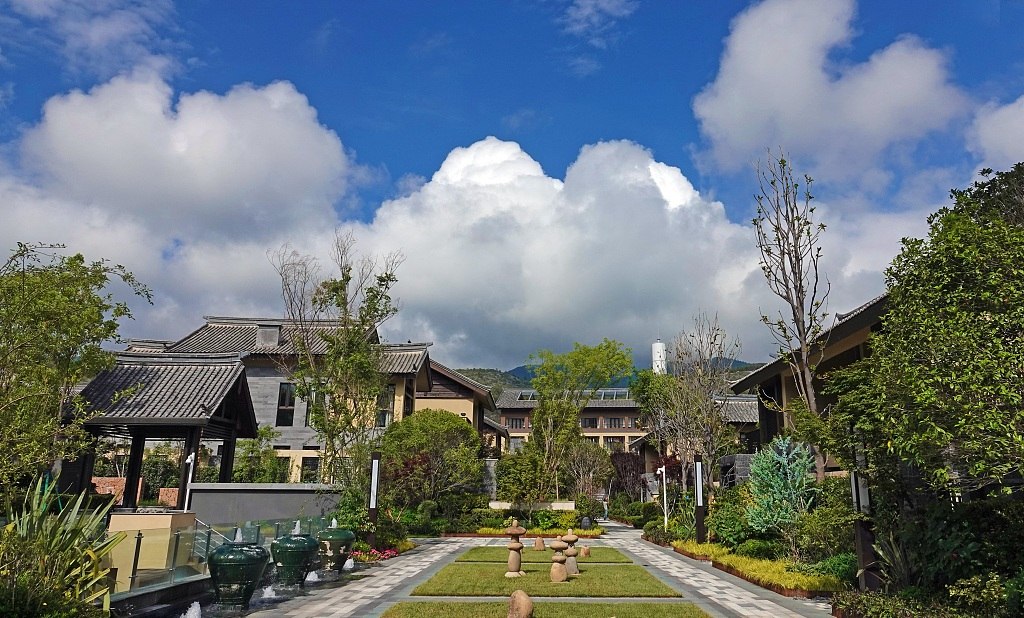 Lijiang turning tourism into growth