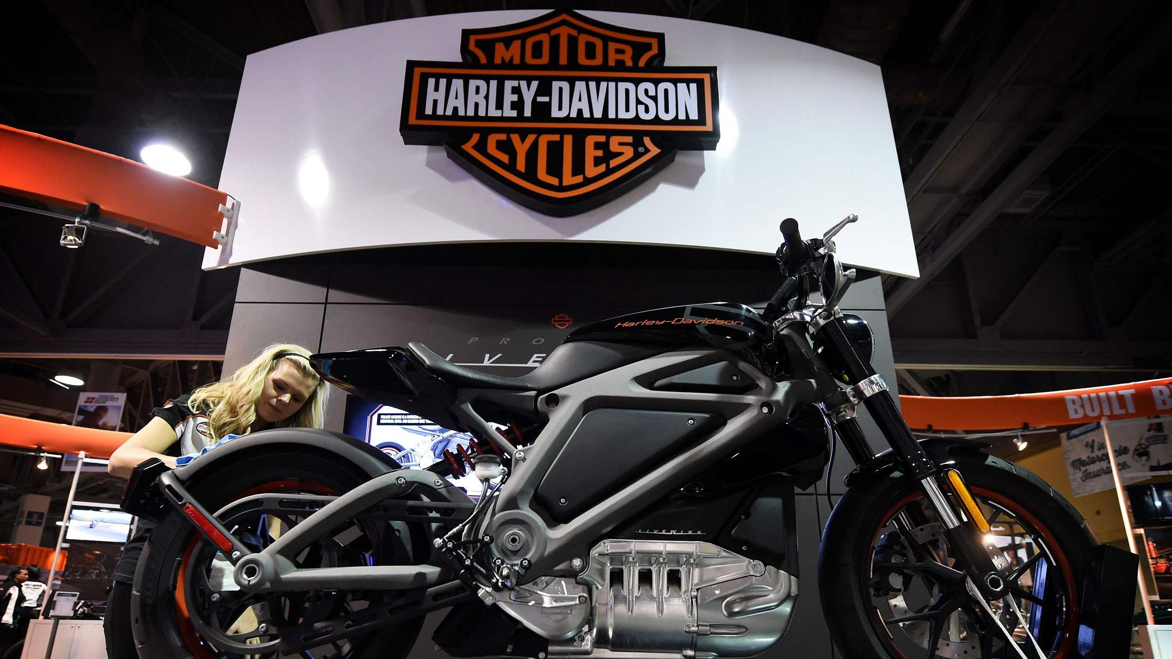 Harley-Davidson reports profit fall, warning damage from trade war