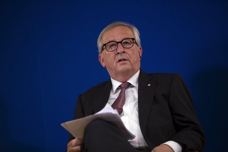 EU officials to meet Trump, wielding a $20-billion threat