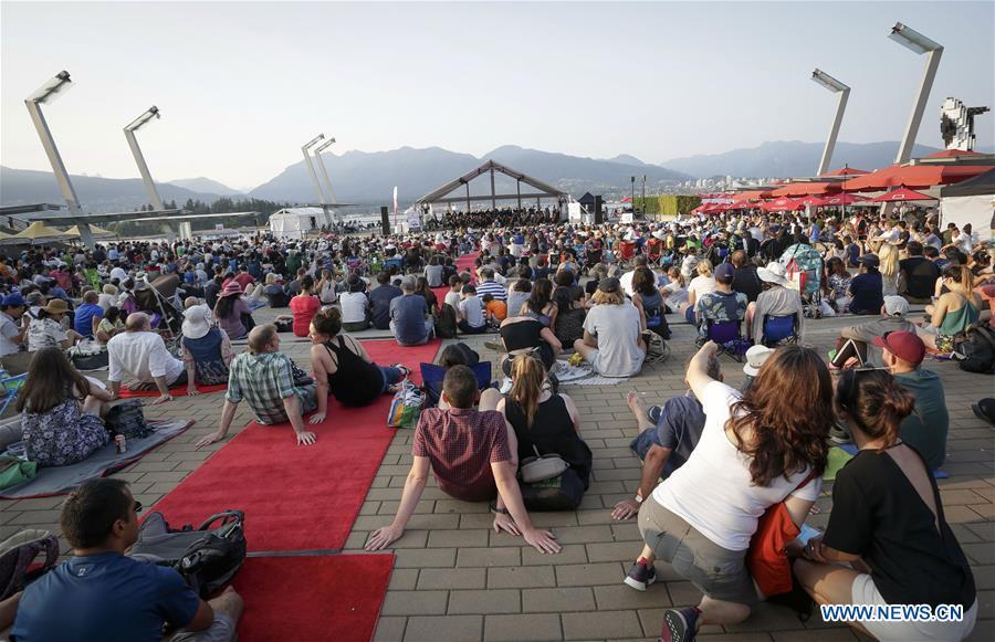 Free outdoor concert held in Vancouver, Canada