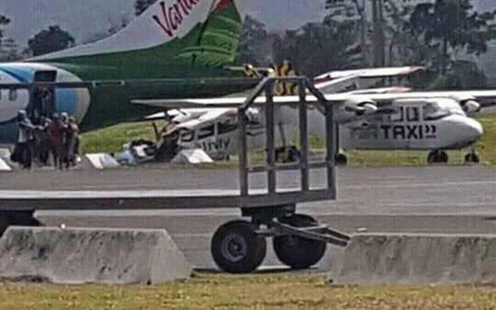 Passenger plane makes emergency landing in Vanuatu