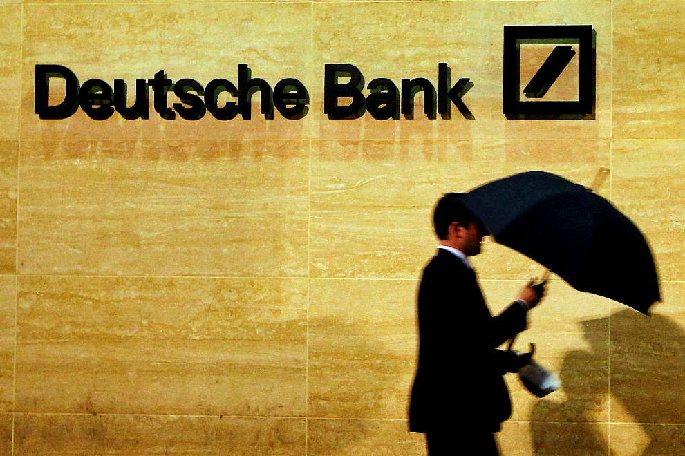 Deutsche Bank moves clearing ops out of London as Brexit looms