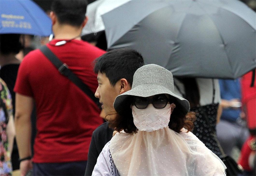 Heat wave hits China