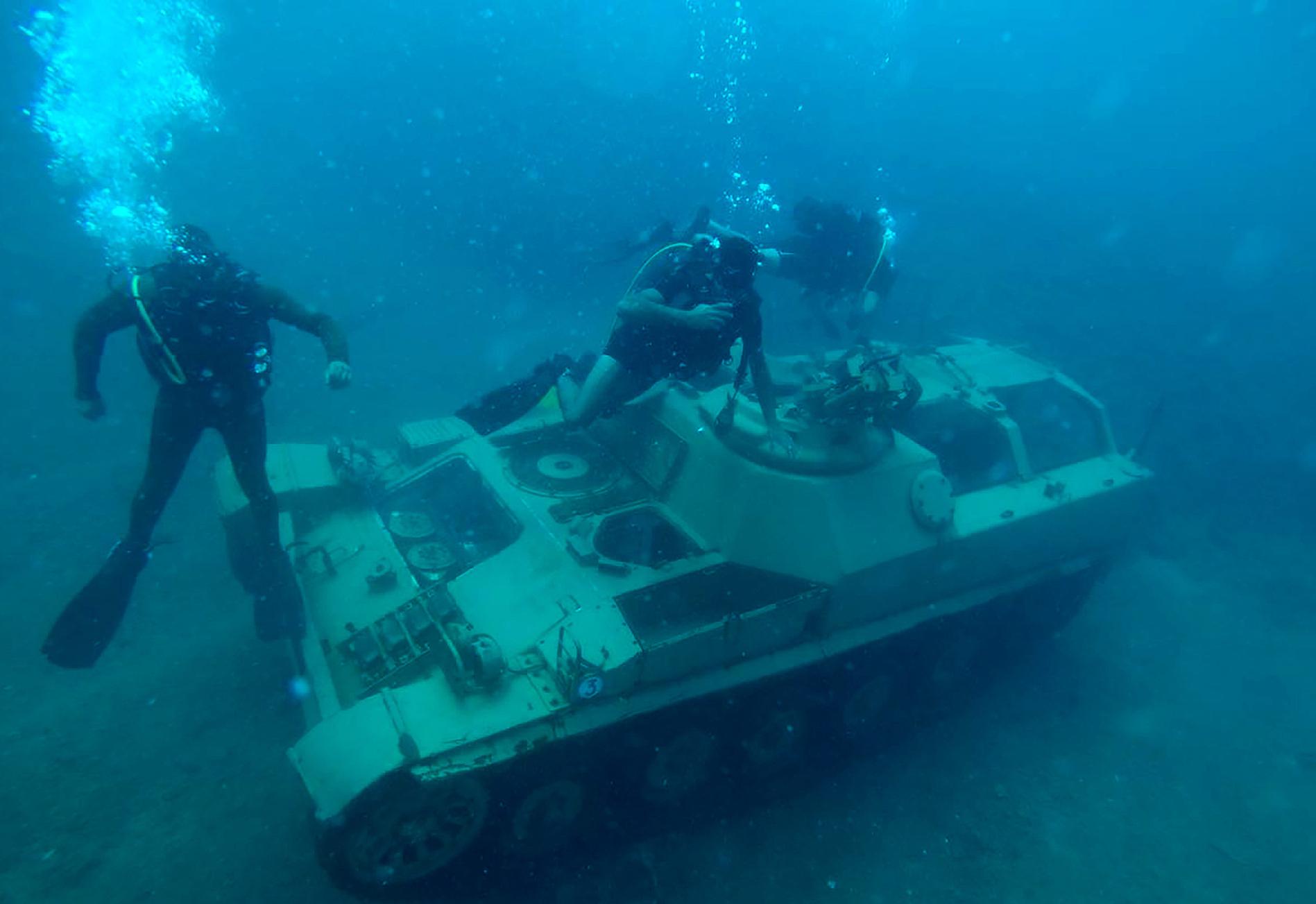 Sunken old tanks create underwater dive park in Lebanon