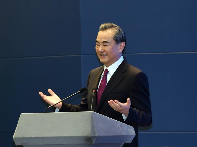 China, Cambodia vow to uphold multilateralism