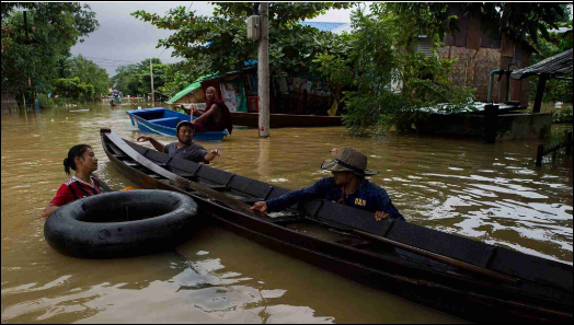 Fears grow as flooding displaces 130,000 in Myanmar