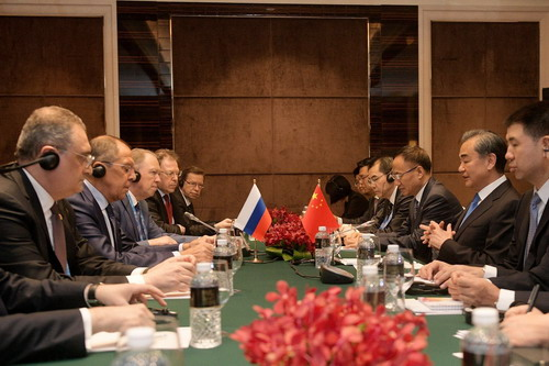 China, Russia vow to further develop ties